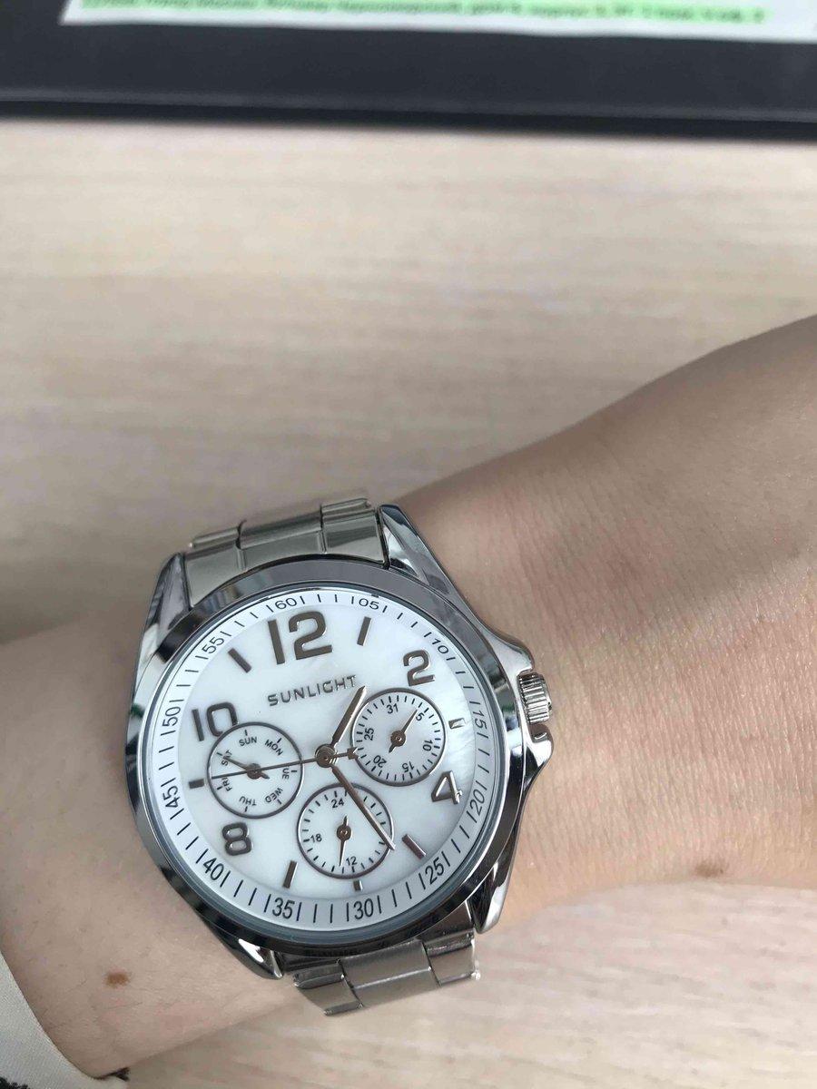 Красивые удобные часы