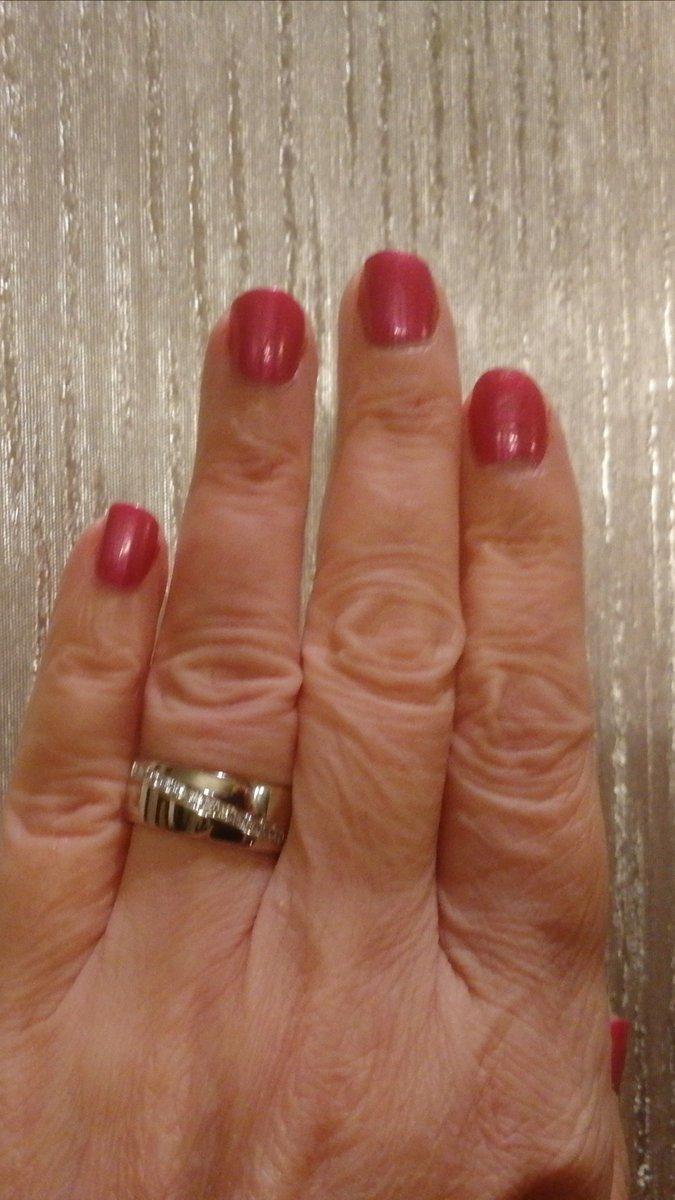 Серебряное кольцо с жемчугом и фианитами.