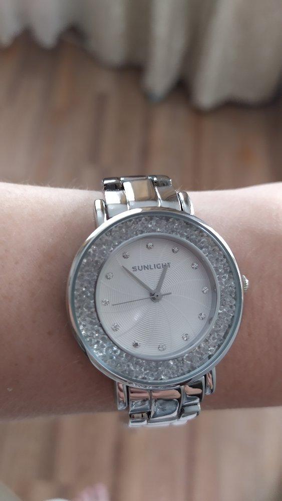 Красивые часы по отличной цене
