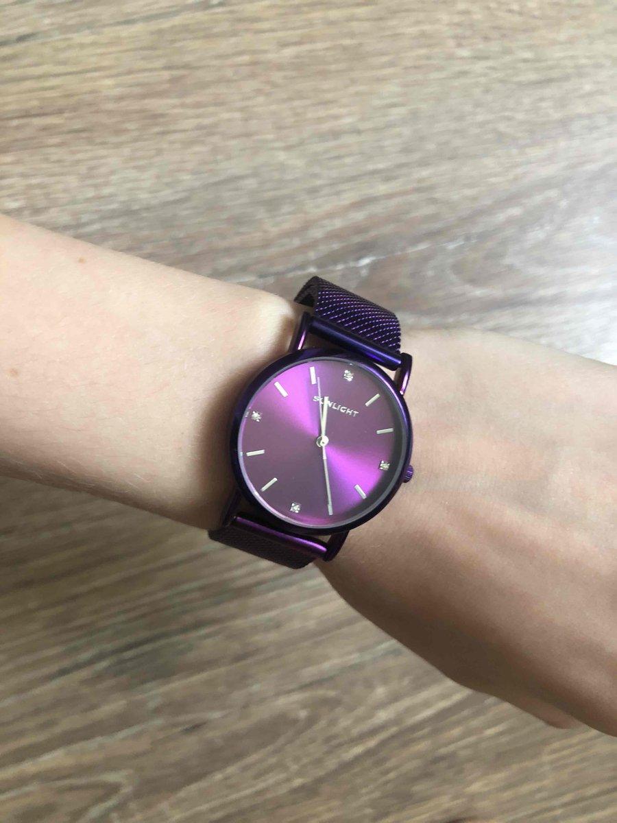 Часы хорошие и красивые