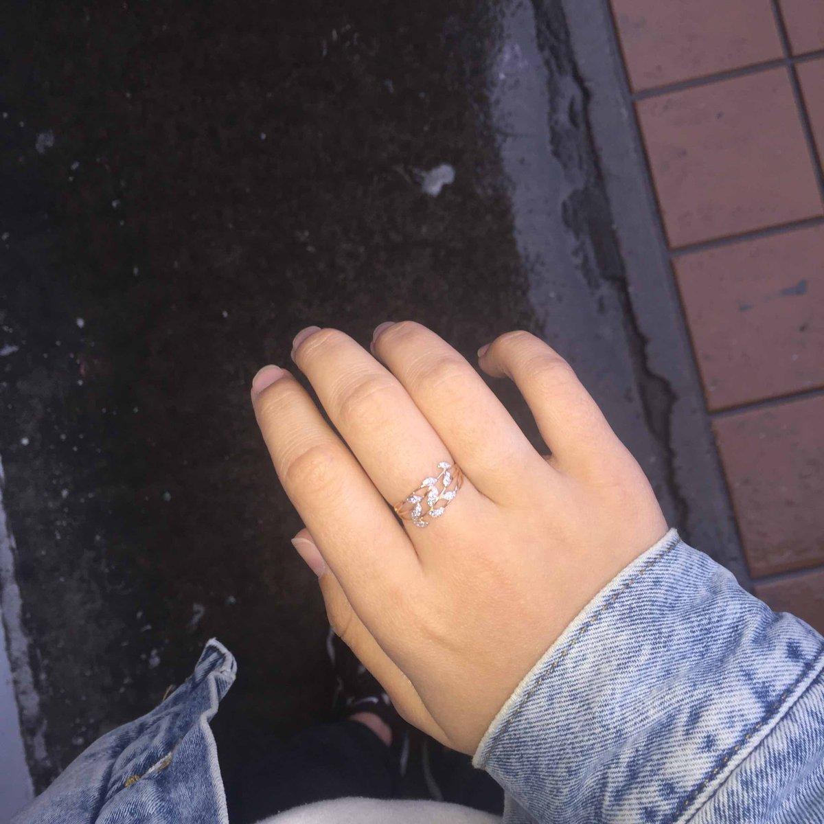 Подарили на день рождения кольцо