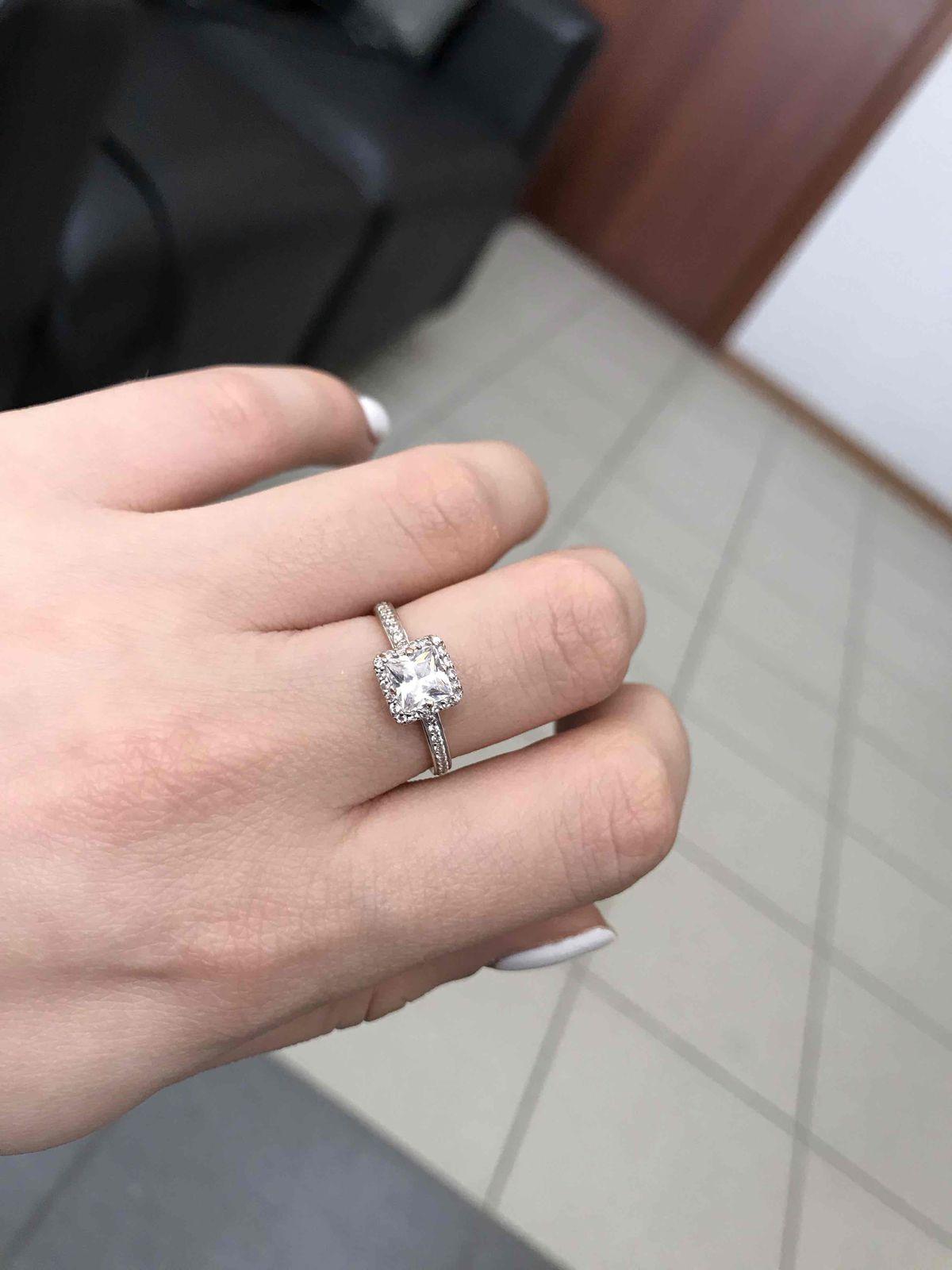 Не пожалела  что выбрала именно это кольцо