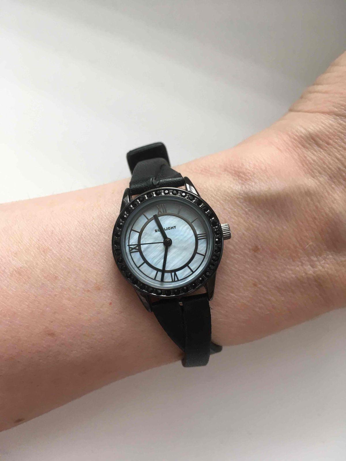 Удобные часы с защитой от влаги.