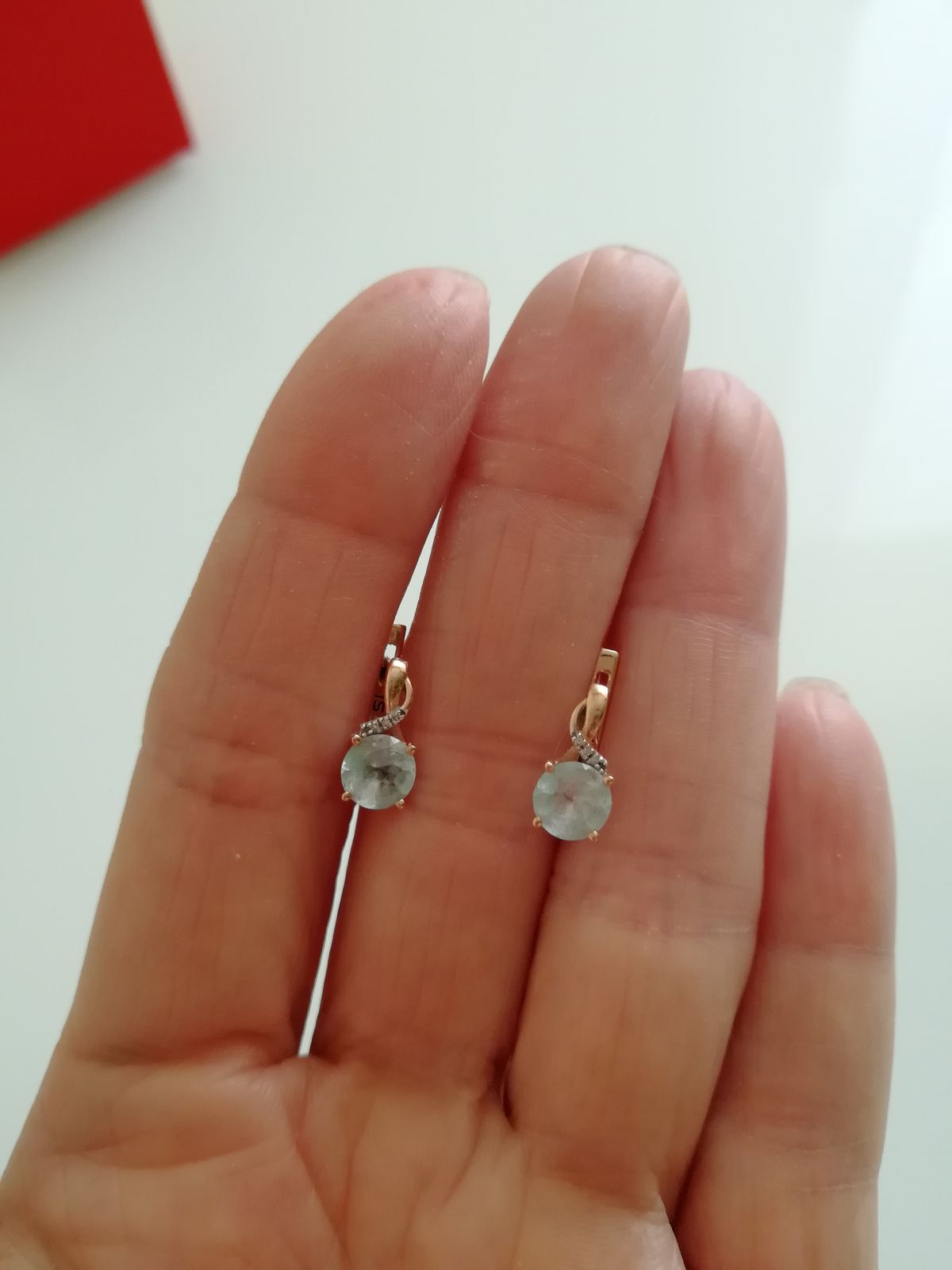 Серьги с топазом и бриллиантами