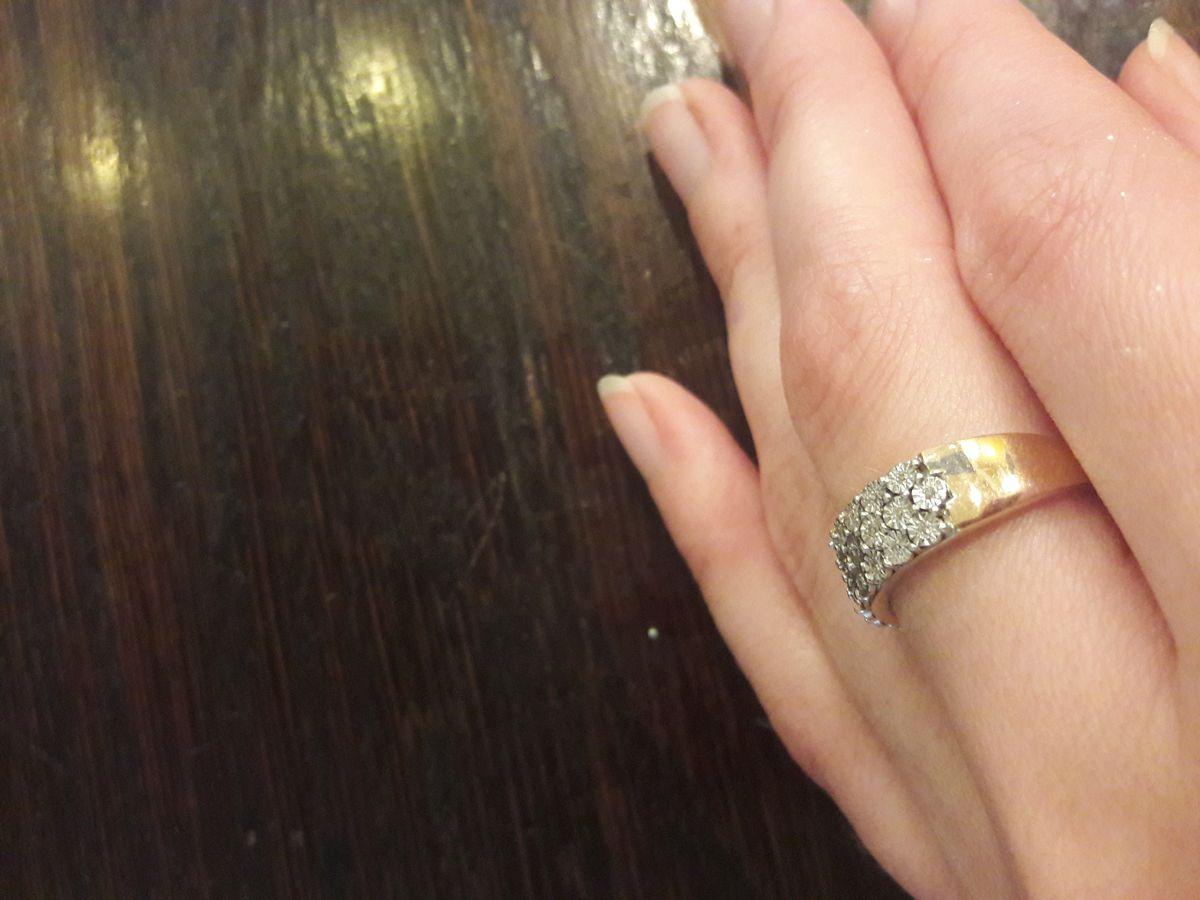 Ледяная свежесть. Как так могу описать это кольцо