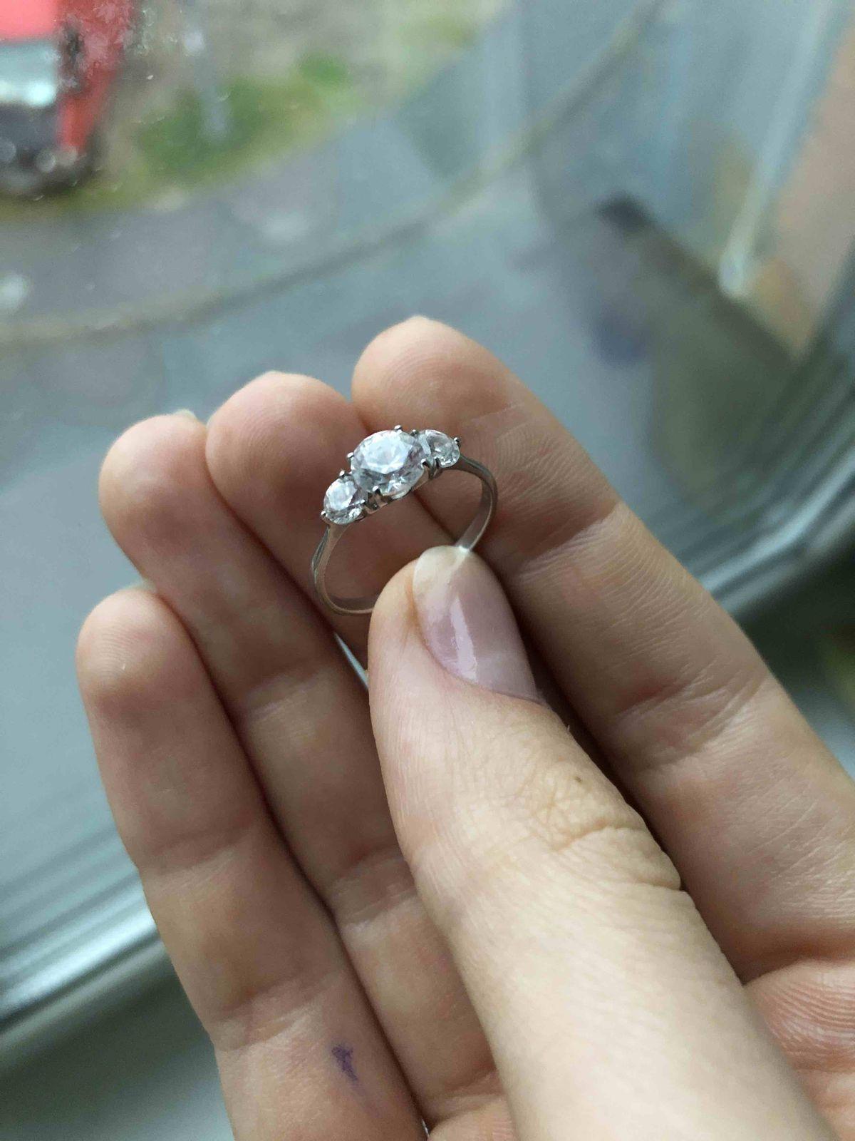 Очень изящное кольцо!