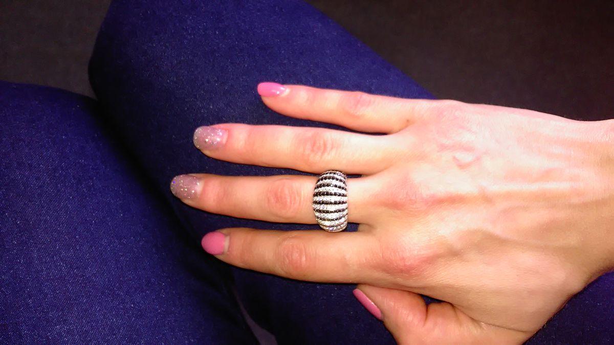 Кольцо-зебра