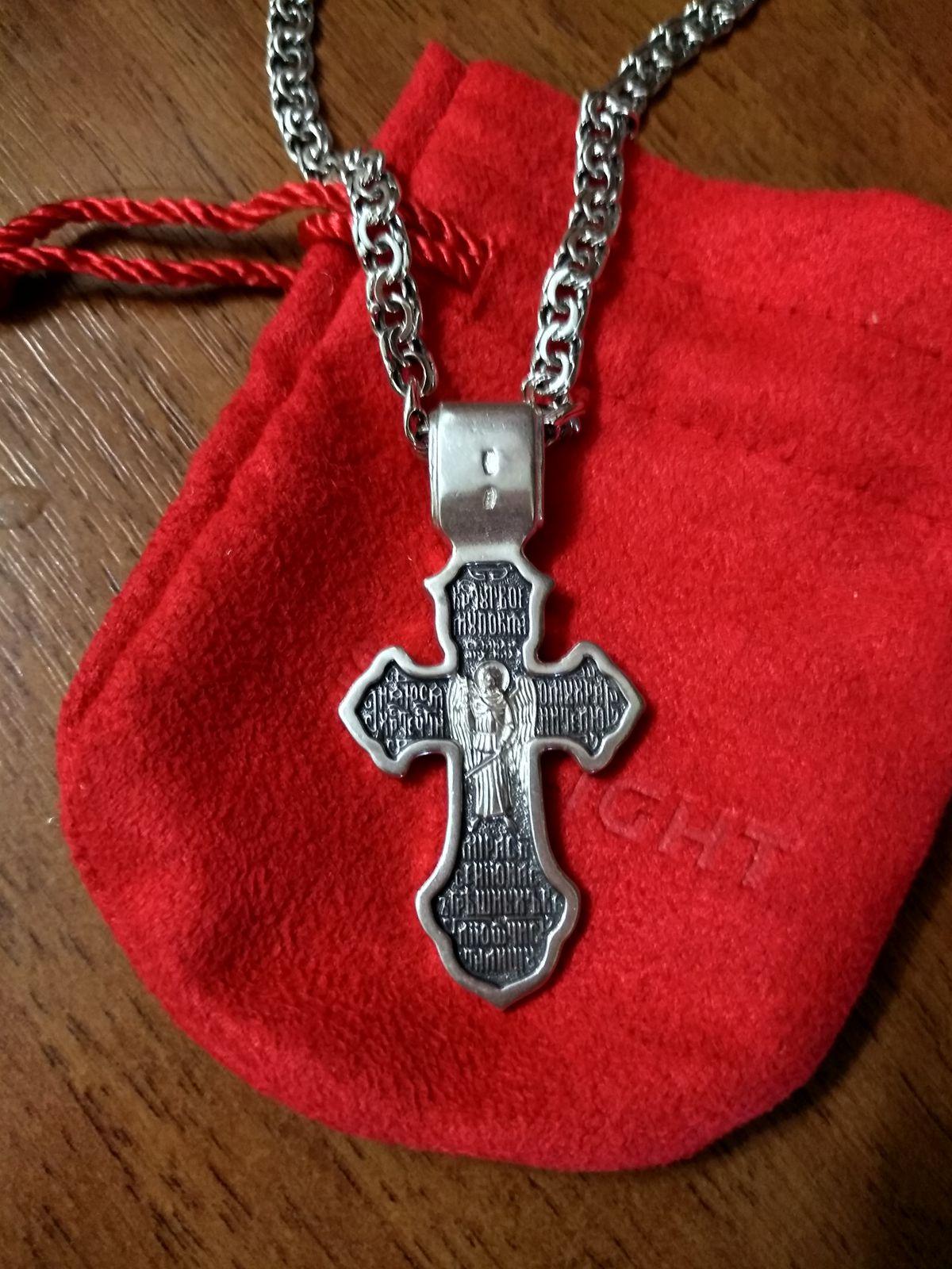 Красивый и оригинальный крест