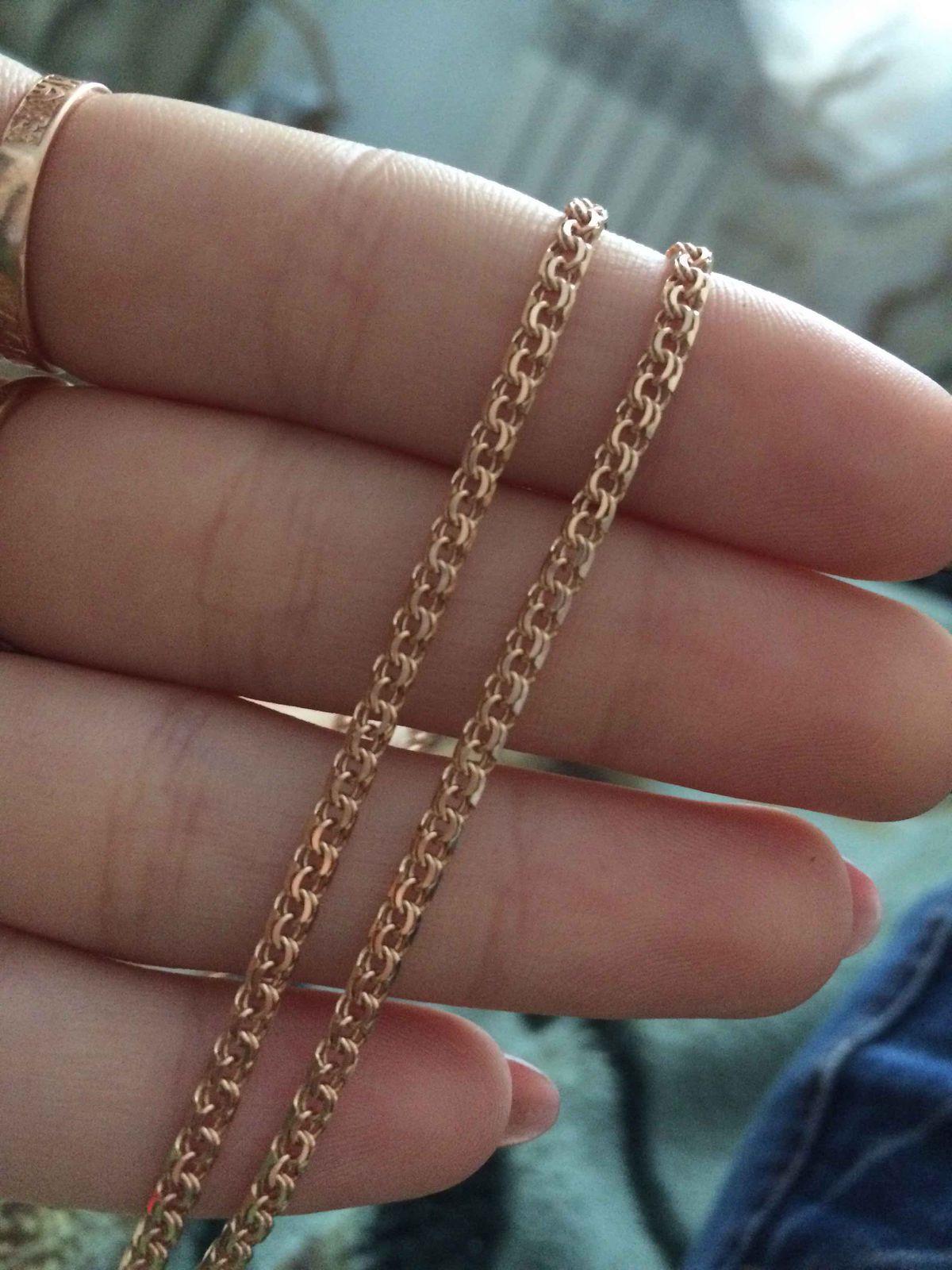 Золотая полнотелая цепочка