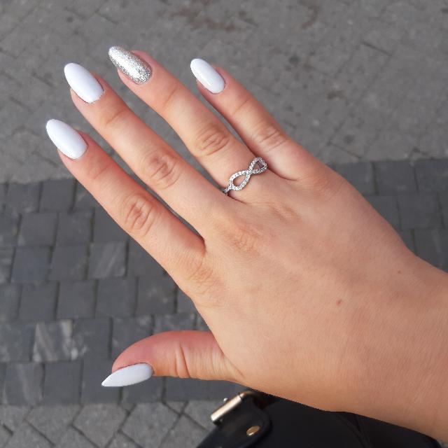 Кольцо прелестно