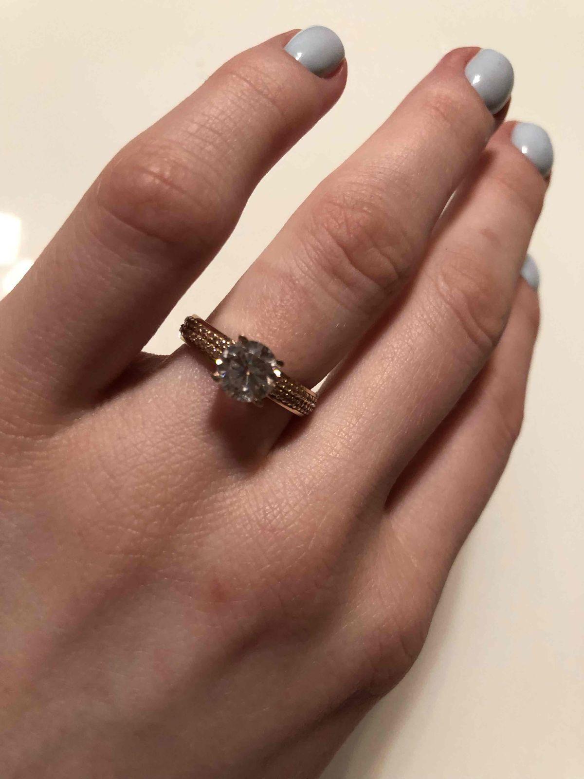 Очень шикарное кольцо, абсолютно всем нравится