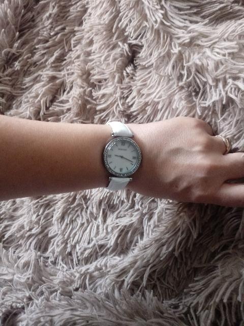 Замечательные часы на лето.