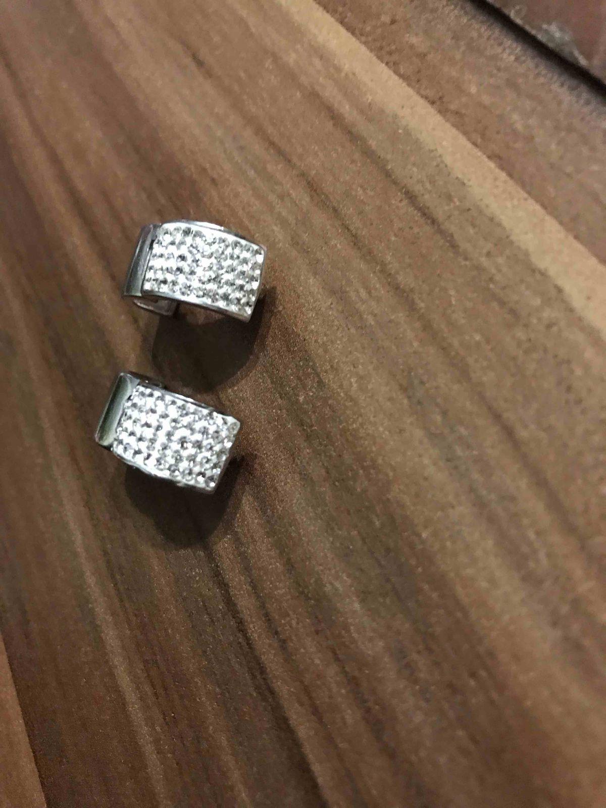 Серебряные серьги с кристалами
