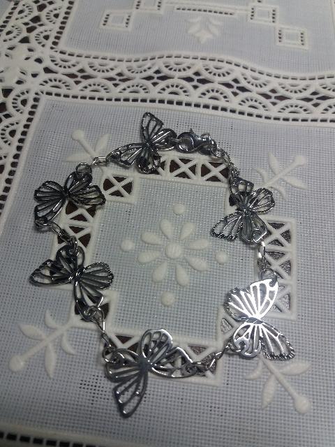 Серебряные бабочки.