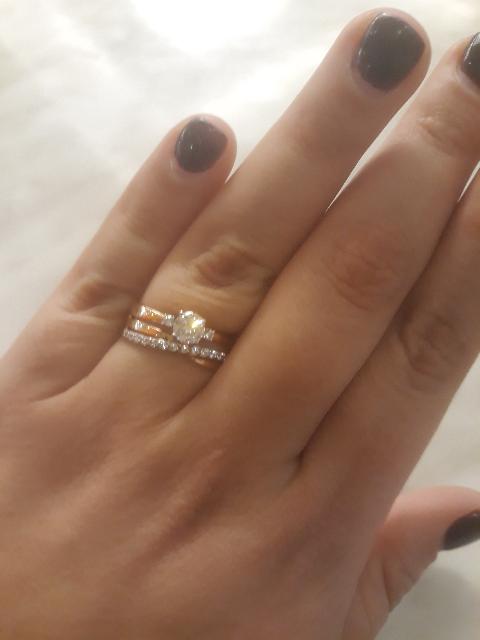 Потрясающее кольцо! Когда я его обеда сразу влюбилась в него