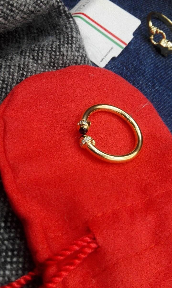 Эффектное кольцо, богато выглядит😻