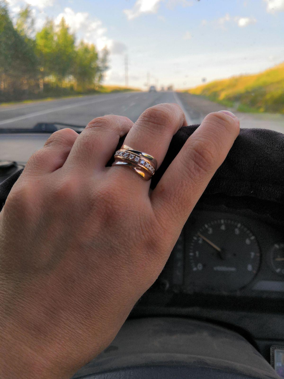 Очень удобное в носке и красивое кольцо