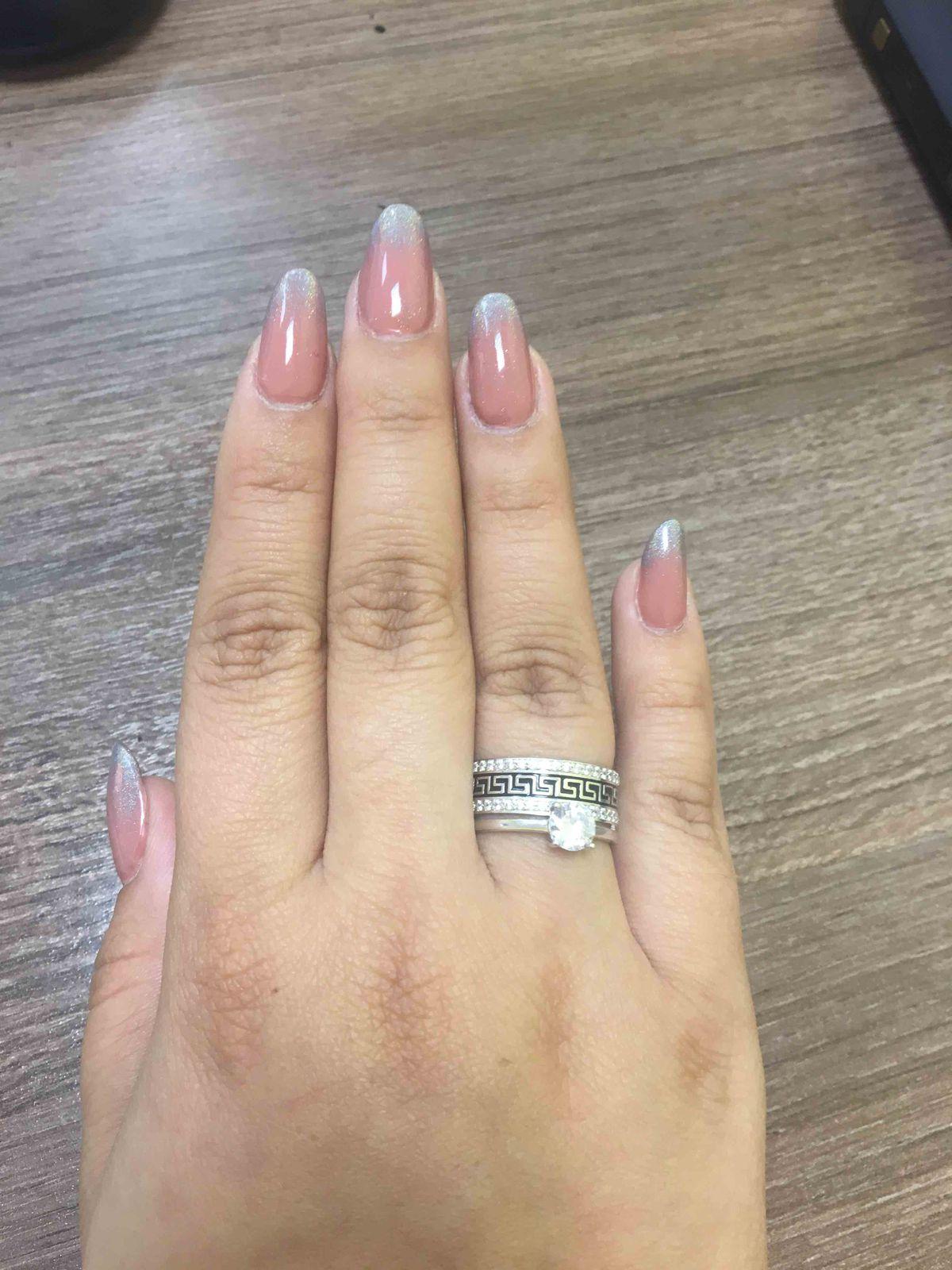 Яркое кольцо с контрастным греческим орнаментом