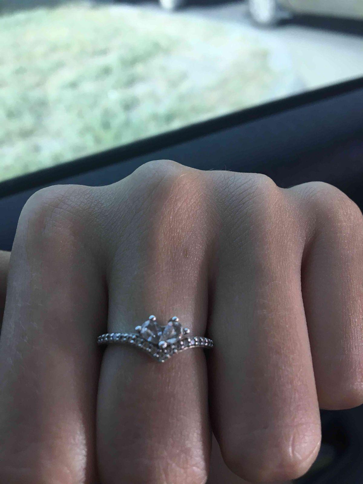 Очень хорошее кольцо)))
