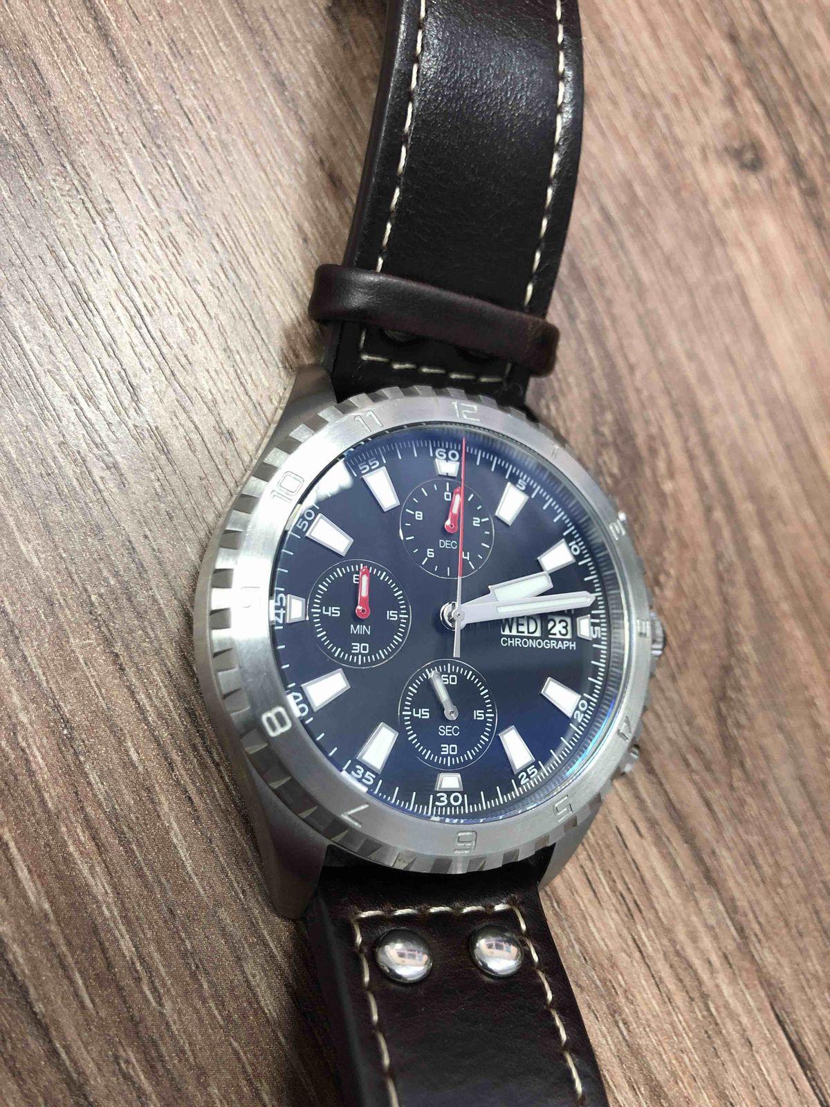 Часы с хронографом