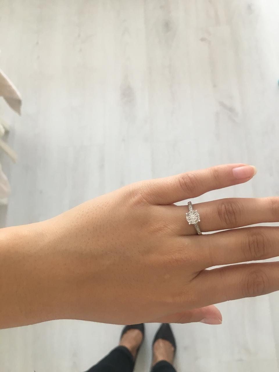 Очень красивое кольцо!!! муж подарил на годовщину свадьбы, очень рада