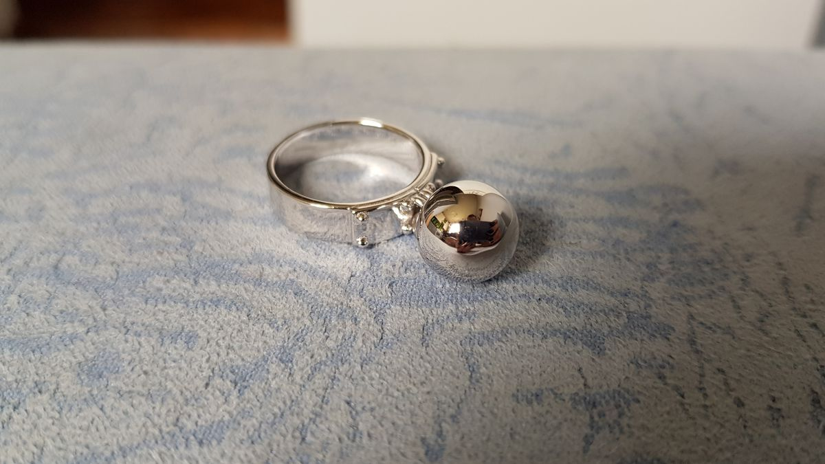 Стильное кольцо из серебра