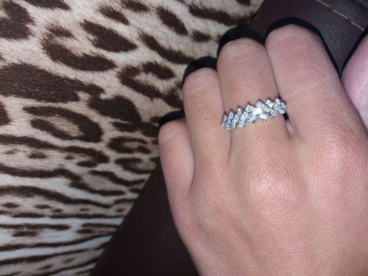 Блестящее кольцо!
