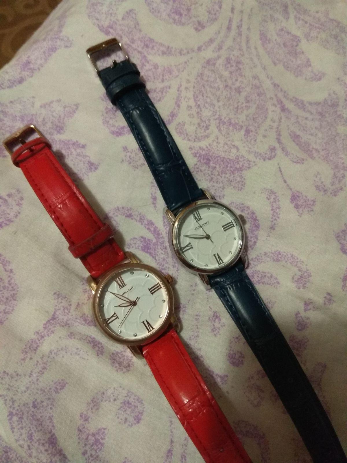 Часики красные и синие