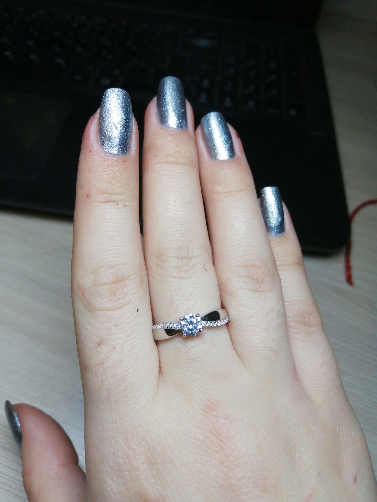 Шикарное кольцо, классика