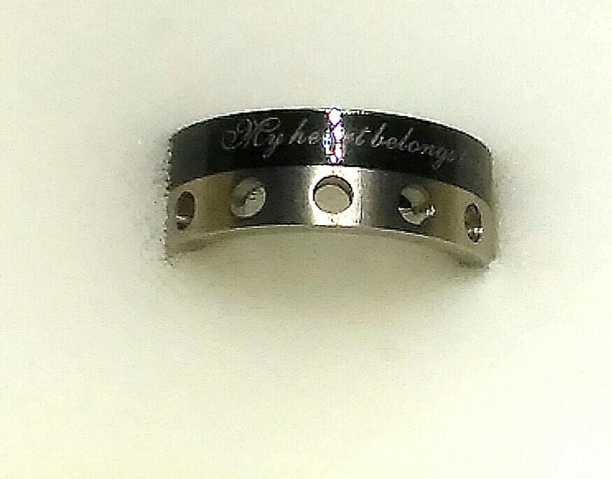 Кольцо из титана и стали