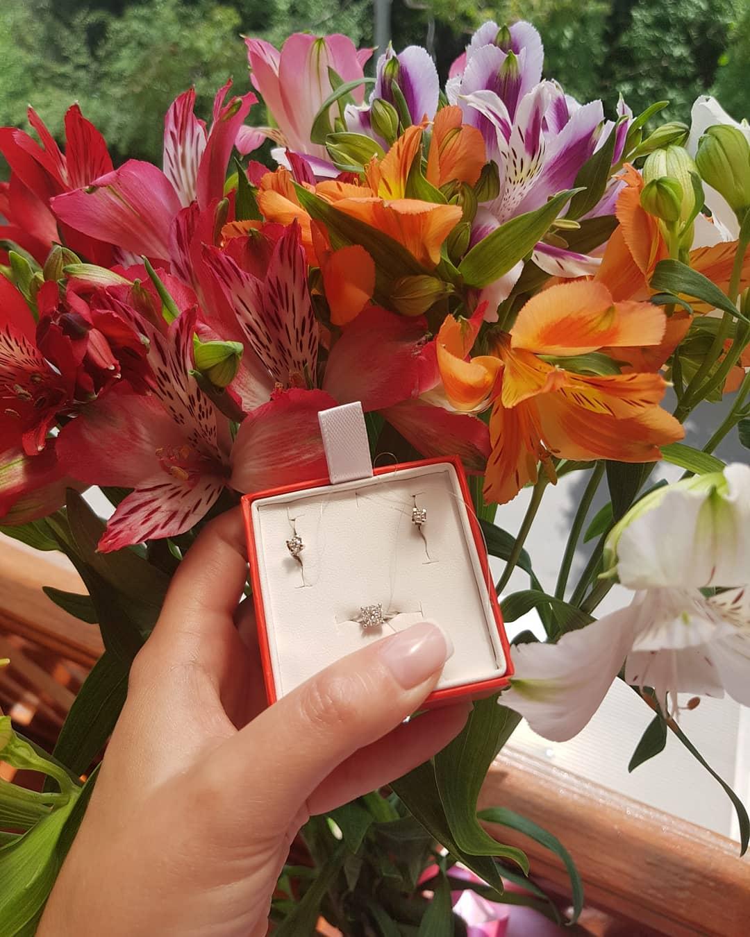 Шикарное кольцо с бриллиантами 💍