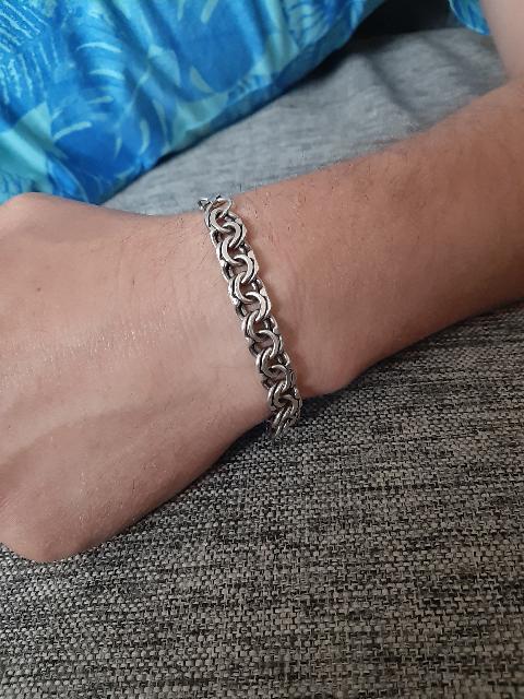 Шикарный браслет для мужчины