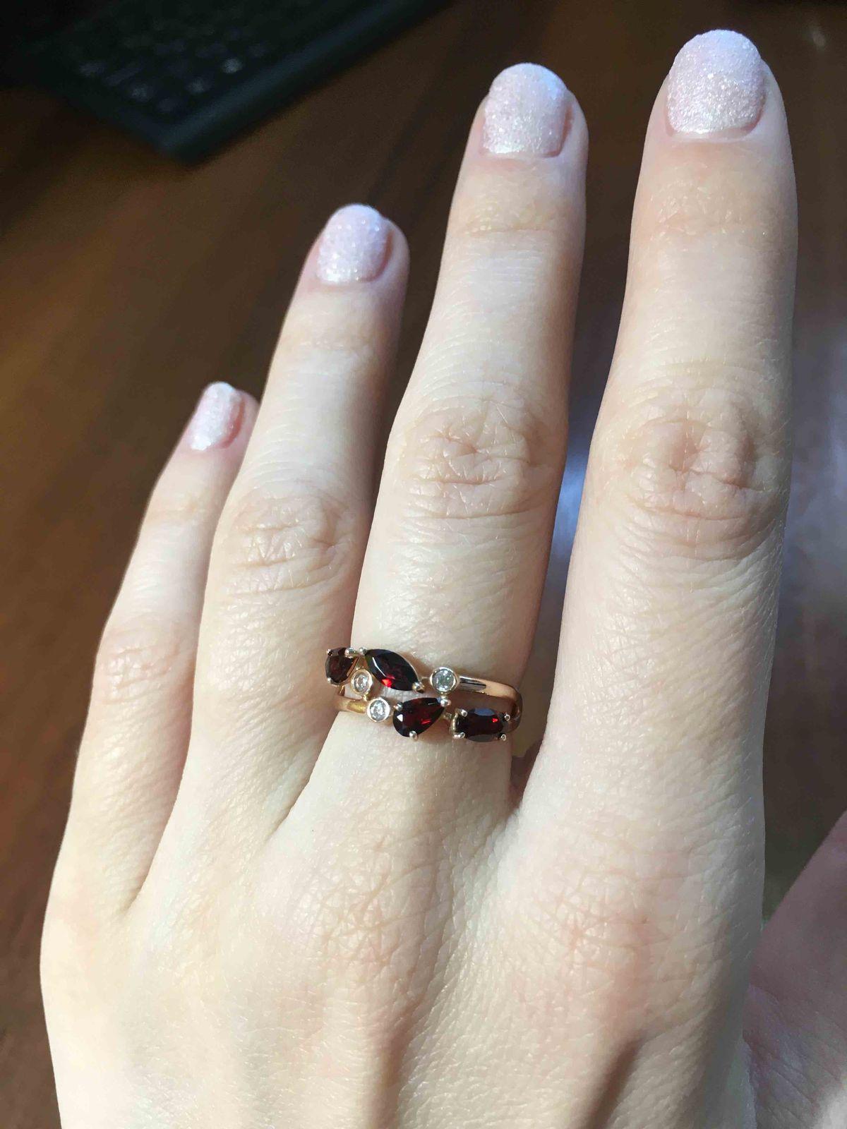 Нежное кольцо с фианитами
