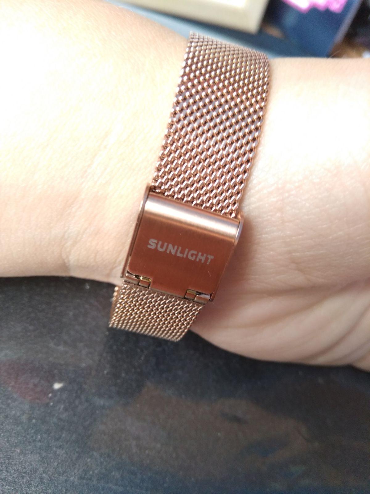 Отличные часы!!! Очень красивые😍