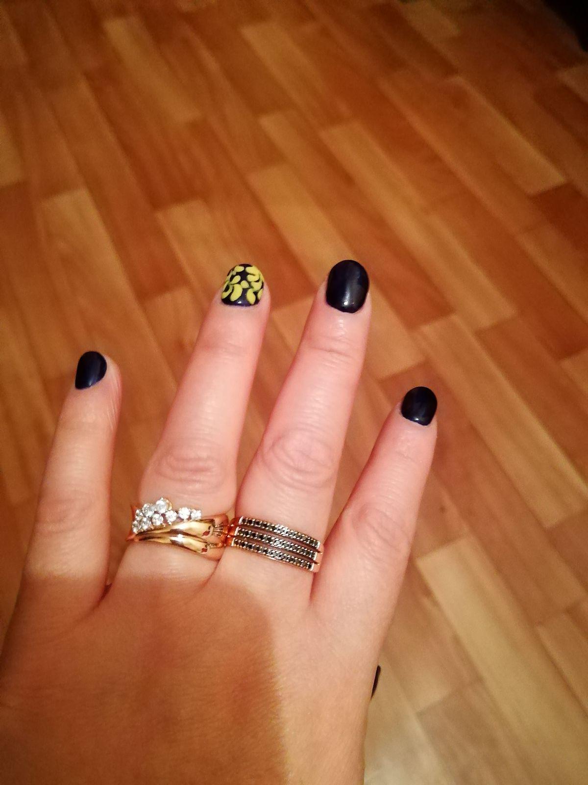 Шикарное кольцо! Мне очень нравится золото, но это просто красота!