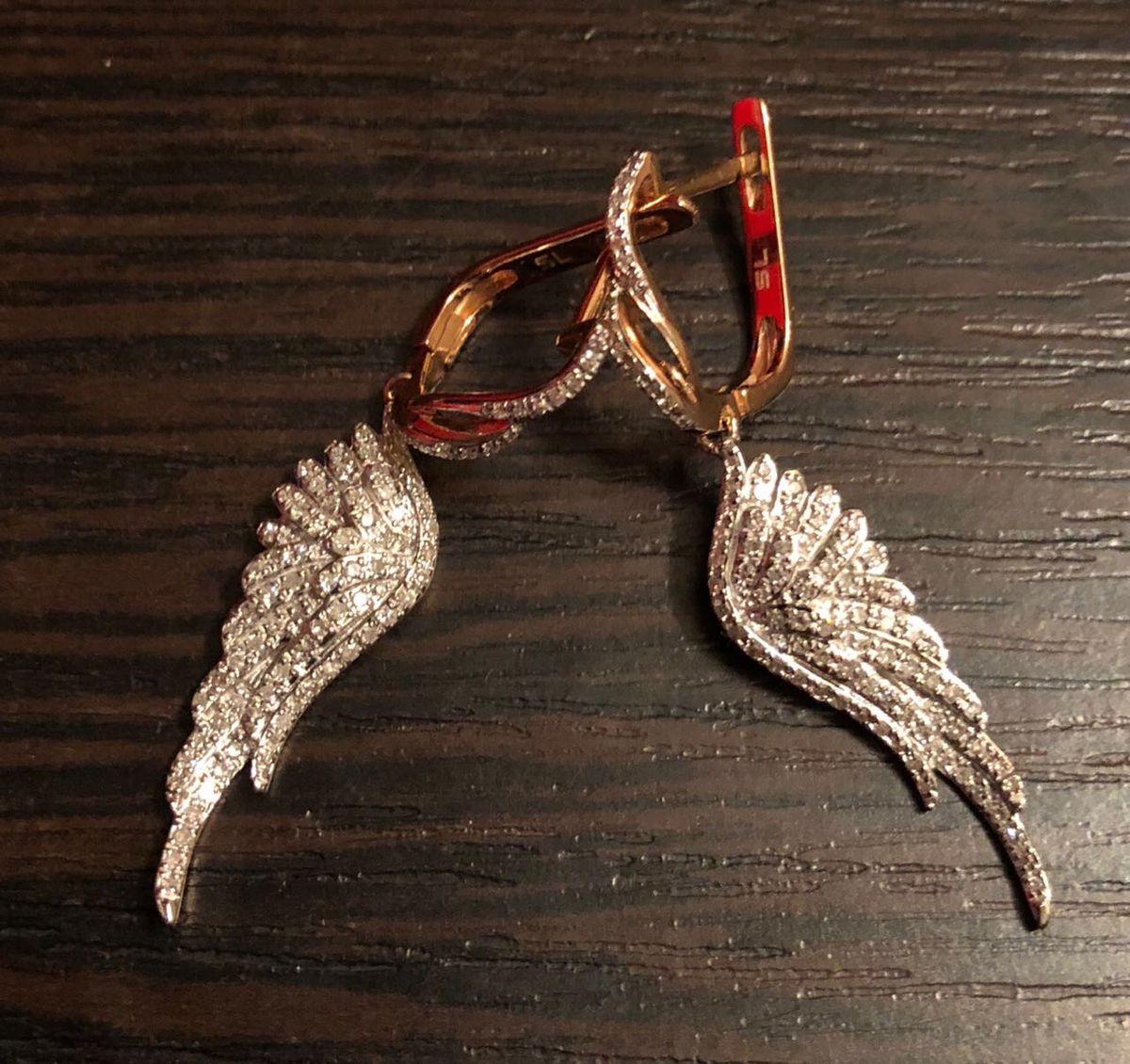 Крылья ангела ) просто прелесть , купила сегодня в подарок уже и себе хочу)