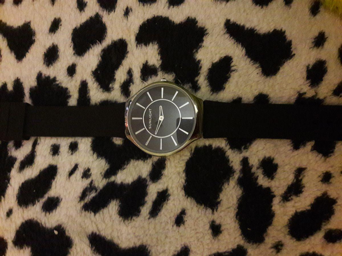 Очень стильные часы