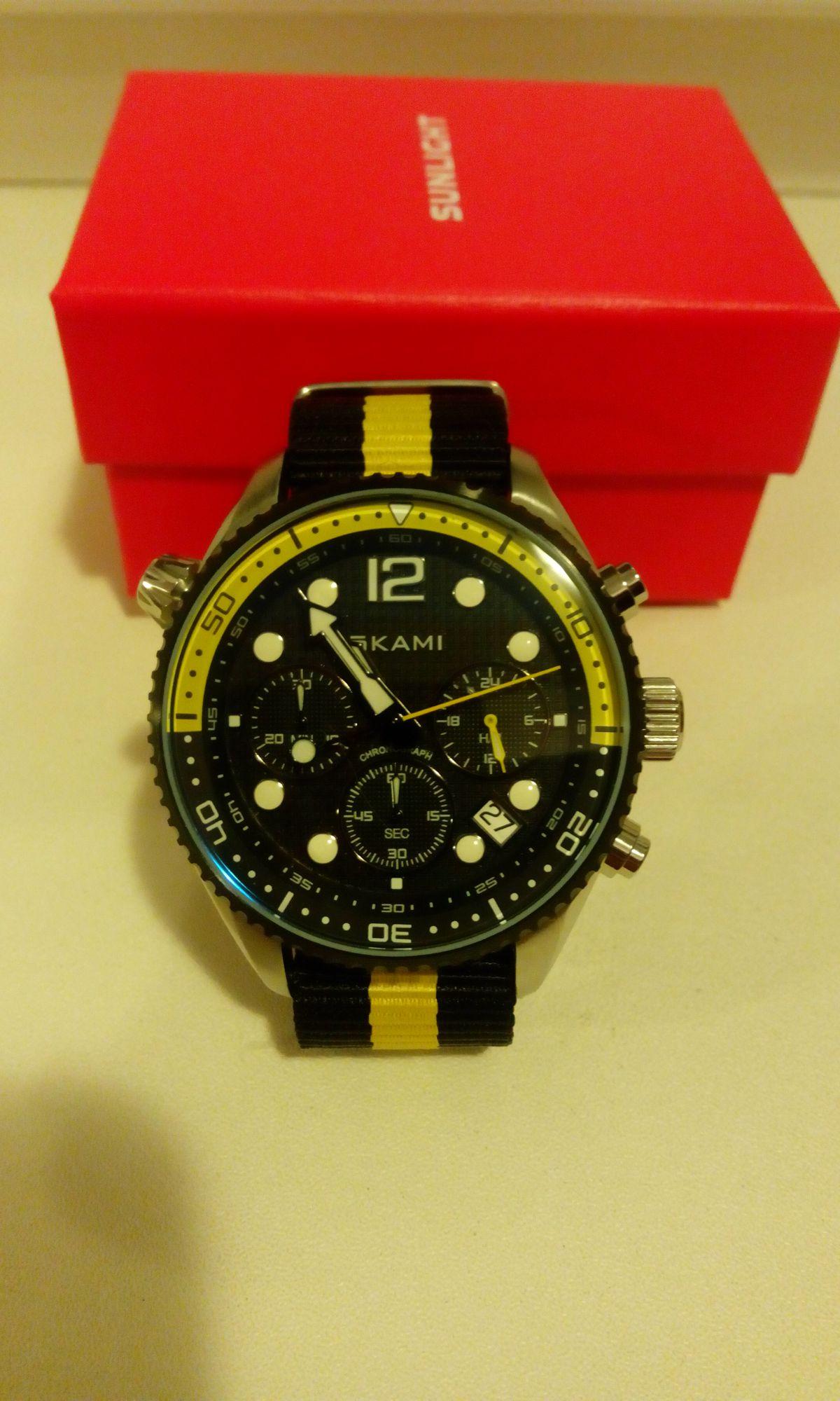 Замечательные, качественные часы.