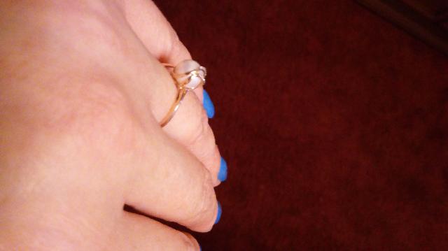 Нежное и женственное колечко
