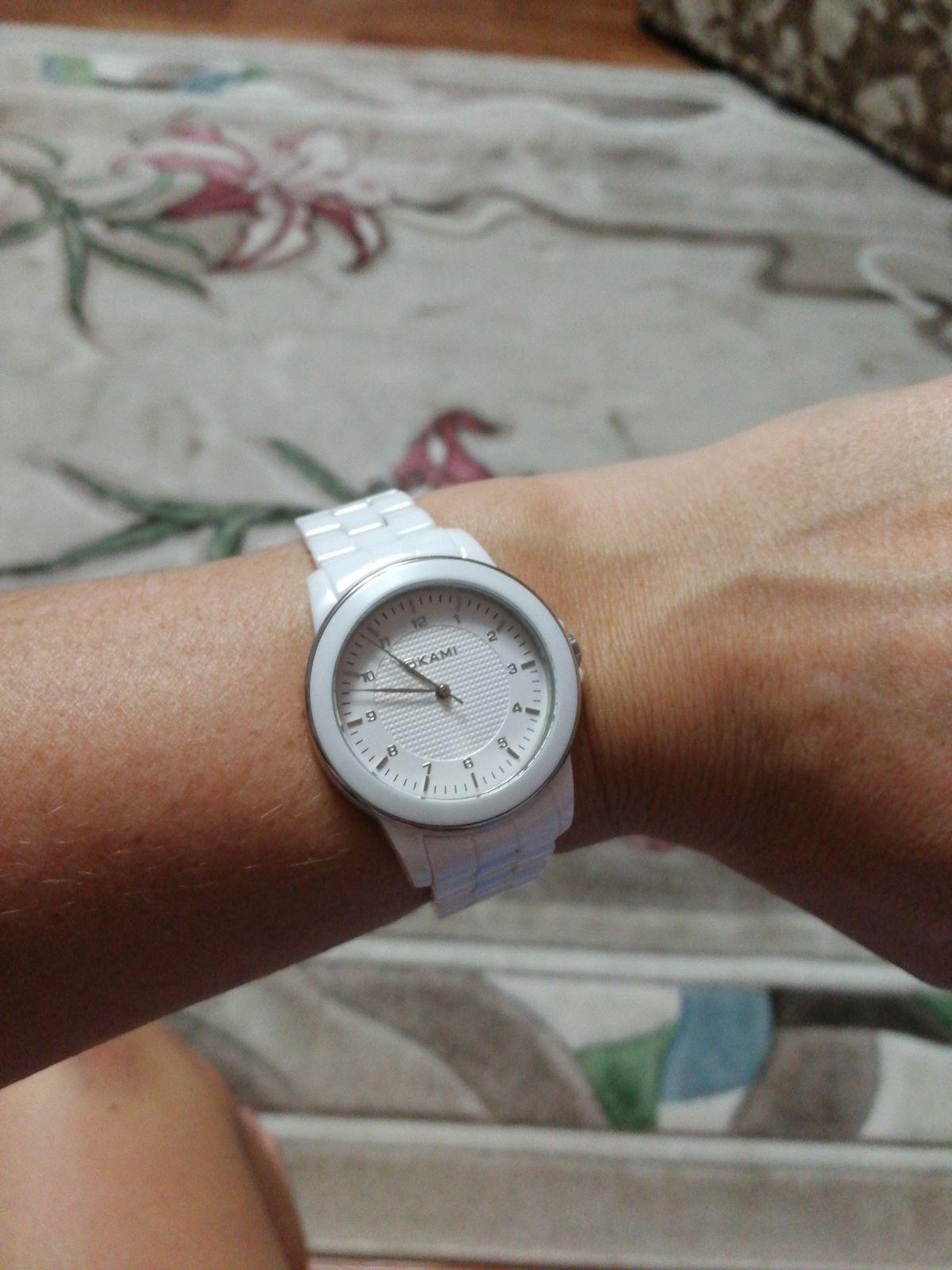 Часы замечательные, очень красивые и эффектные. браслет по размеру подошёл