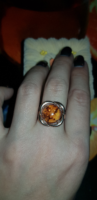 Кольцо просто потрясающее