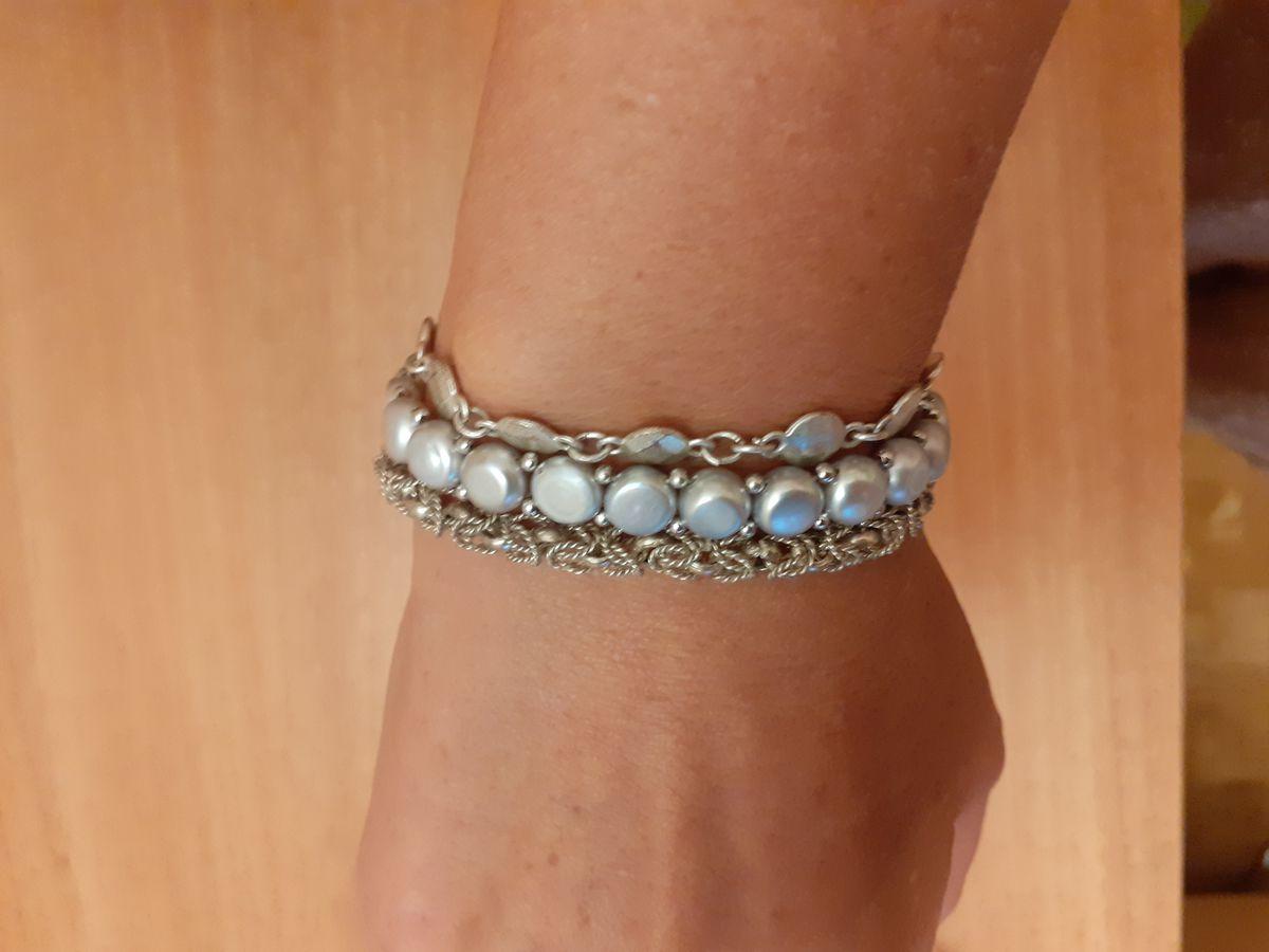Серебряный браслет с серым жемчугом