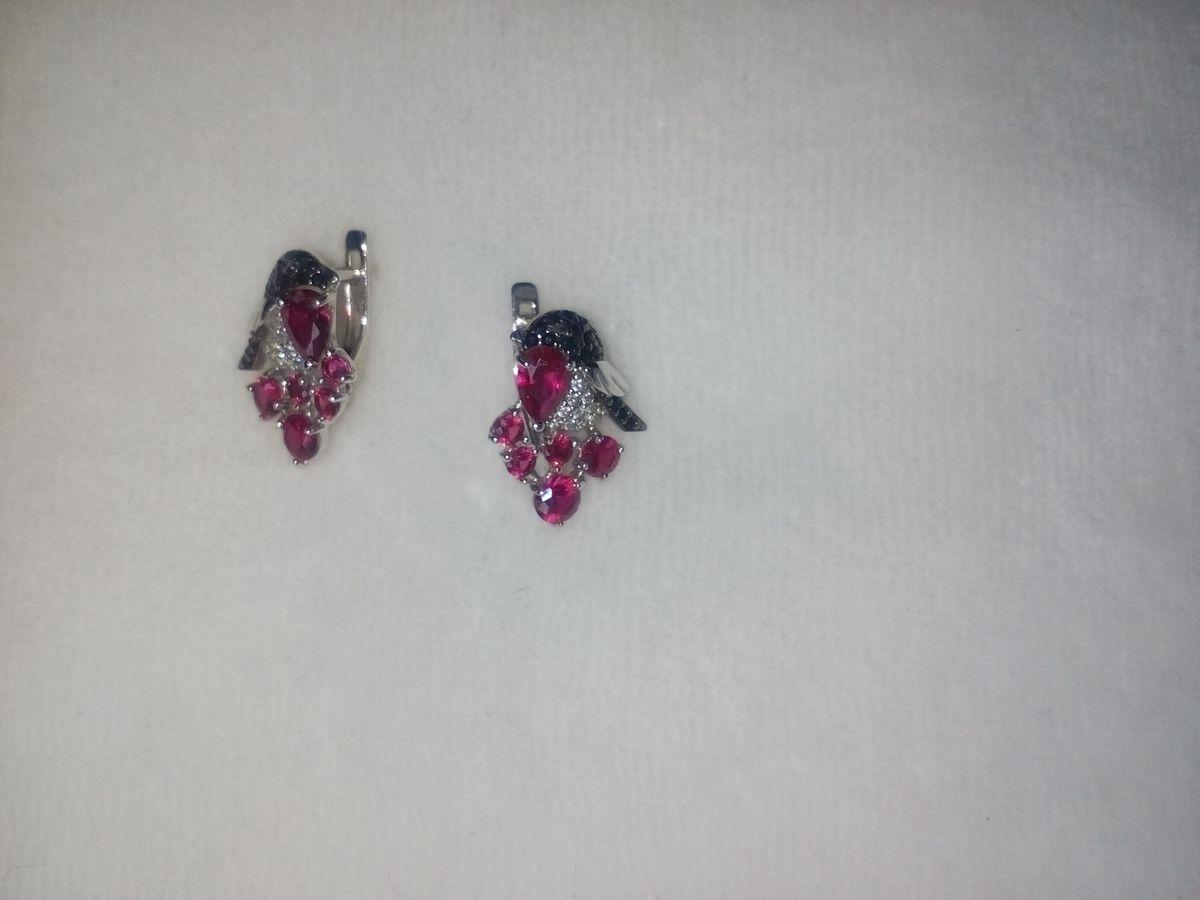 Рубиновые снегири