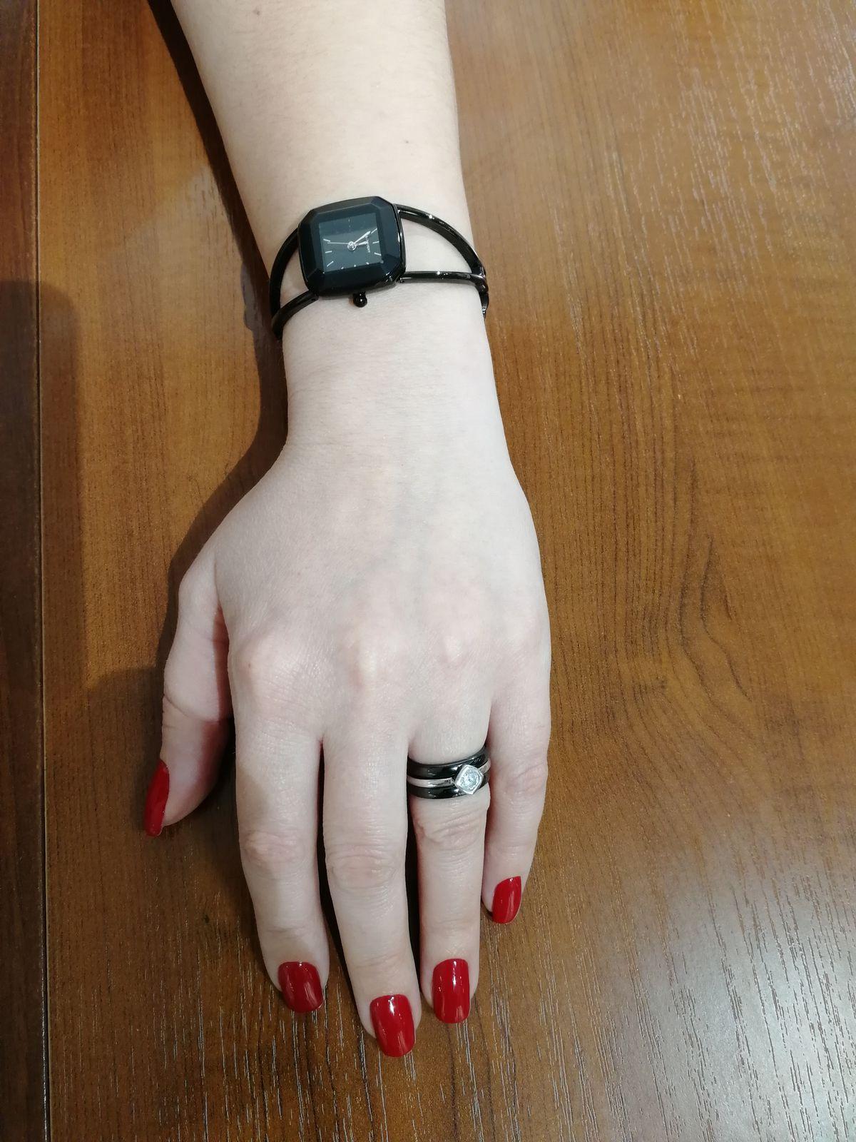 Элегантные, выразительные часы
