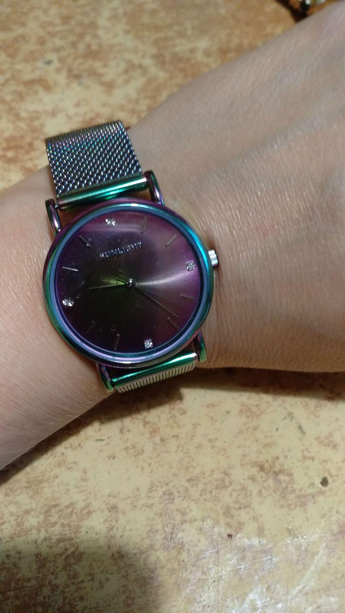 Очень интересные часы