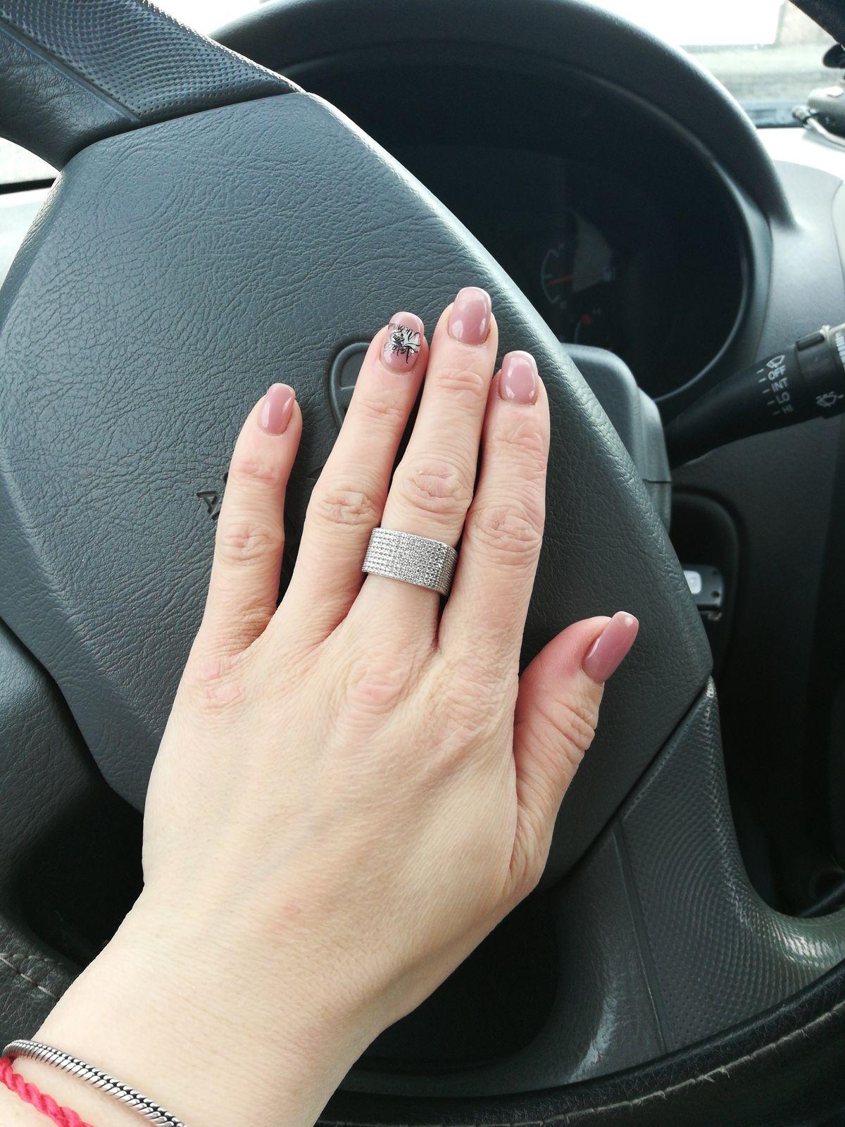 Очень клёвое кольцо.