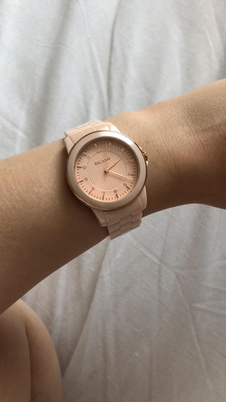 Красивые, очень женственные часы