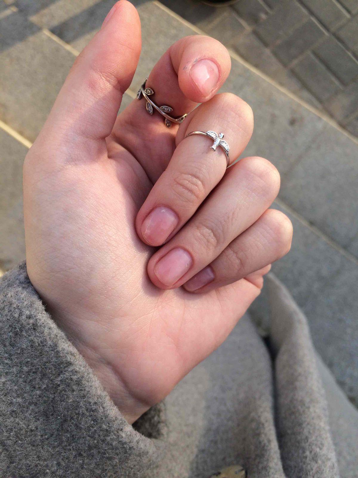 Кольцо с ласточкой