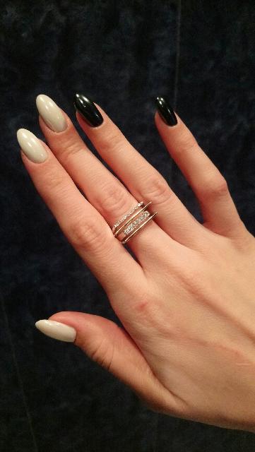 Серебряное кольцо с фианитами!