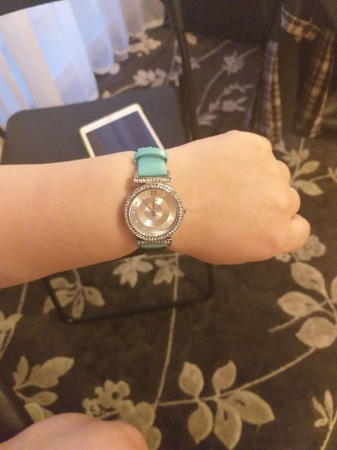 Часы на кожаном голубом ремешке